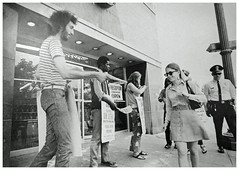 Pharmacists strike Peoples for a first union contract: 1970 (washington_area_spark) Tags: retail store employees united food commercial workers union local 400 people's drug cvs 1970 washington dc strike picket boycott first contract forced overtime pharmacists pharmacy