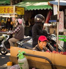 sitting vendor (steve: they can't all be zingers!!! (primus)) Tags: sonya7r chinonauto55mmf17 m42 primelens prime chinon taiwan taichungtaiwan taichung daymarket daymarketintaiwan lightroom lightroom6