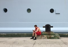 Stories from a Cruise (rafalweb (moved)) Tags: cruiseship streetphotography streetphoto color red green apple iphone