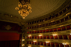 DSC03325 (OUIOUI49) Tags: italie milan theatre lascala scene opera teatroallascala