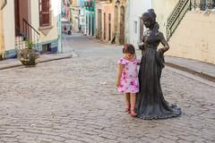 The Streets, La Habana (Geraint Rowland Photography) Tags: candidchildportrait streetphotography depthoffield shallowdepthoffield blur bokeh streetportrait pinkdress colourfulstreetphotography canon 50mm 14 wwwgeraintrowlandcouk geraintrowlandphotography decisivemoment life travel lahabana latinamerica