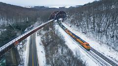 Western Maryland Keystone Viaduct (benpsut) Tags: 3924 bnsf3924 csx csxkeystonesub csxq370 csxt keystoneviaduct q370 snow wm westernmaryland westernmarylandkeystoneviaduct wildmary winter bnsf pumpkin railroad trains