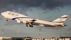 4X-ELD El Al Israel Airlines Boeing 747-458 (Stefan Blok) Tags: parischarlesdegaulleairport charlesdegaulle chdegaulle french sunset airplane airport airways queen queenoftheskies elalisraelairlines b744 cdg lfpg 4xeld paris el al boeing 747 747400 aviation avgeek