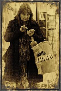 Phoneshop woman