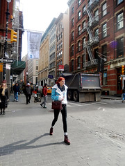 Walking (Clara Ungaretti) Tags: newyork newyorkcity novayork northamerica america states street streetlife streetphotography onthestreets soho estadosunidos estadosunidosdaamérica unitedstatesofamerica unitedstates us usa manhattan urban womenswear women woman fashionwoman fashion fashionlook fashionworld fashionista fashiongirl walking streetstyle streetfashion streetwear architecture archdaily