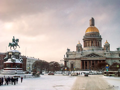 The Temple (Tony_Brasier) Tags: icecold moscow russia snowing fun flickr snow perfect people lovely location