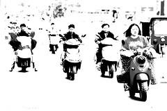 Traffic (FERROSETTE) Tags: 7dwf motorini cina yunnan kunming