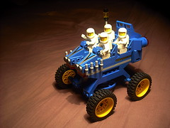 FebRovery 2018 - Rover #75 (Crimso Giger) Tags: lego moc febrovery rover vehicle space 2018 legovehicle legospacevehicle legorover legofebrovery legovehicule legovehiculespatial legospace legoespace febrovery2018 classicspace neoclassicspace cs legoclassicspace legocs