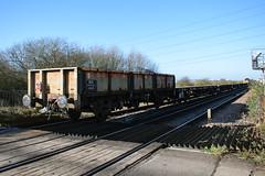 112035 Shornemead Crossing 160218 (Dan86401) Tags: 112035 oca ocan bass dropsideopen wagon br fishkind fourwheeled freight db dbcargo engineers departmental infrastructure civilengineer shornemeadcrossing 6l37