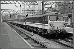 87016, London Euston (Jason 87030) Tags: london euston train passenger coaching stock 87016 intercity acelectirc aletnatingcurrent black white noir blanc mono bw bbw wheels pantograph frame border may 1989 britishrail history past transport slide scan mainline wcml