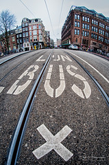 Lijnbus @ Amsterdam (PaulHoo) Tags: fisheye samyang 8mm nikon d300s amsterdam city urban architecture building people candid streetphotography 2018 lijnbus pavement street text marking