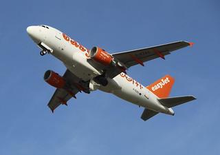 G-EZAS Airbus A319-111 easyJet