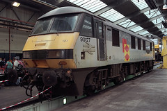 "90127 ""Allerton T&RS Depot"" at Crewe electric depot (Railpics_online) Tags: allertontrsdepotqualityapproved 90127 crewe electricdepot"