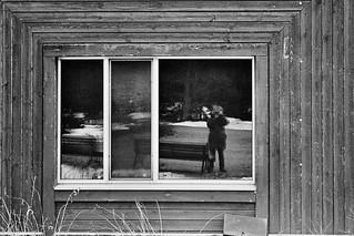La 3e fenêtre à droite...