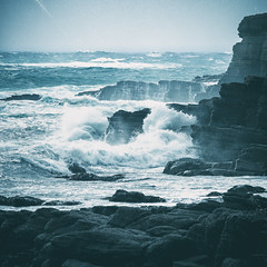Fury (AmBasteir) Tags: analogefex scotland highlands wasser water sea meer sturm storm felsen rocks ocean himmel sky ozean landscape nature outdoors travel schottland