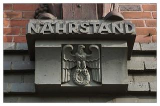 Reichsadler am Stabsgebäude / Gneisenau-Kaserne Minden
