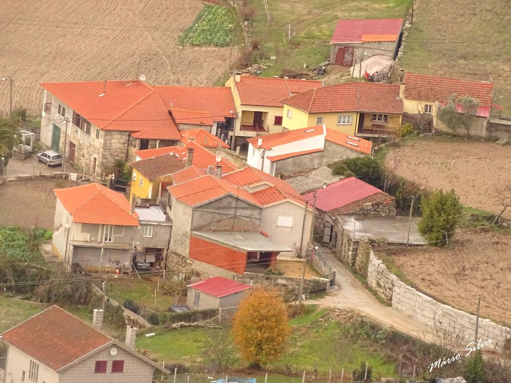 Águas Frias (Chaves) - ... vista parcial da Aldeia (Cimo de Vila) ...