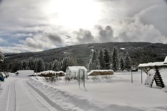 Bauernhof (Yacenty) Tags: mountain heaven sun bauernhof austria winter snow