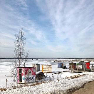 Ice shanties on Hessel Bay 58/365 #icefishing #hessel #lescheneaux #lescheneauxislands #hesselbay