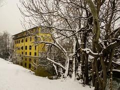 Cascina Quadri. Naviglio Martesana. Milano (diegoavanzi) Tags: milano milan italia italy lombardia lombardy neve snow marzo march sony hx300 bridge naviglio martesana canal naviglilombardi cascin quadri