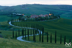 DSC_8998-1 (manuelbinettiphotography) Tags: tuscany toscana val dorcia asciano italy cypress countryside hills pienza florence italia sunset sky light agriturismo baccoleno green sun tree trees sunrie travel lights lighthouse bel paese cloud crete sienesi