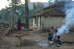 Kawardha - Chhattisgarh - India (wietsej) Tags: kawardha chhattisgarh india sony a100 tamronspaf1750mmf28xrdiiildaspif 1750 rural tribal village family morning fire wietse jongsma bhoramdeo