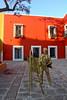It looks so alive ! (Chemose) Tags: mexico mexique puebla place square barriodelartisto painting peinture peintre painter statue hdr canon eos 7d mars march