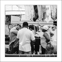 Images Singulières du Portugal (Napafloma-Photographe) Tags: 2017 algarve architecturebatimentsmonuments bandw bw bâtiments catégorieprojet géographie métiersetpersonnages personnes portugal techniquephoto vacances blackandwhite marché marchédesgitans monochrome napaflomaphotographe noiretblanc noiretblancfrance photoderue photographe province streetphoto streetphotography loulé algarves pt