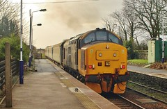 Class 37 No. 37401 at Bootle - 22nd January 2018. (allan5819 (Allan McKever)) Tags: train rail railway class37 drs 37401 maryqueenofscots bootle cumbriancoastline travel transport passenger commuter station diesel loco locomotive engine clag tractor mainline uk england cumbria northernrailways