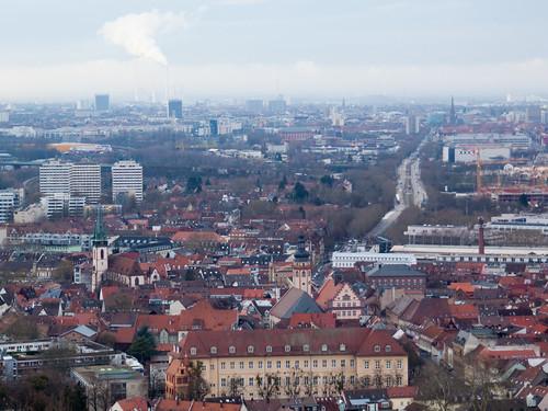 Blick auf Durlach (im Hintergrund Karlsruhe)