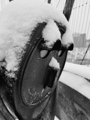 20180210_130118 (giltay) Tags: blackandwhite blackwhite bloorstreetviaduct princeedwardviaduct snow snowing binoculars toronto winter