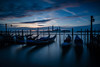 Sunrise in Venice (fuerst) Tags: venedig venice italien italy stadt city dämmerung dawn sonnenaufgang sunrise blauestunde blue hour gondel gondola longexposure
