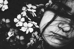 FlowerChild (Alex Filogônio) Tags: beautiful bw pb flowerchild flower flor stuck pain feeling depressed depression sad details dark darkness girl girls face lonely loneliness menina music pretobranco