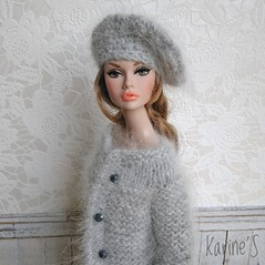 Poppy Go See (Karine'S HCF (Handmade Clothing & Furniture)) Tags: poppy porencargo doll abrigo hechoamano handmade angora gris