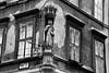 (Eniram Cerf) Tags: nikond5300 noiretblanc blackandwhite statue hungary hongrie vierge virgen budapest idole