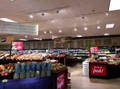 Another view back at produce (l_dawg2000) Tags: 2018remodel cordova delicatesen grocery grocerystore healthbeauty kroger labelscar marketplace meats memphis pharmacy produce remodel retail scriptdécor shelbycounty supermarket tennessee tn trinitycommons cordovamemphis unitedstates usa