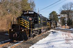 W&W 517 @ Newport, NJ (Dan A. Davis) Tags: ww winchesterandwestern railroad locomotive train freighttrain shortlinerailroad newport dividingcreek gp9 nj newjersey cm10
