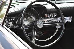 Chrysler 300 Dash (Triple-green) Tags: 2007 300 auto canon24105mm14l canoneos30d chrysler dash goldentone interior schweden uscar västerås
