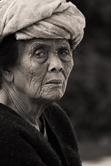 The woman from Tegalalang (Triple_B_Photography) Tags: infocus highquality asia bali balinese blackandwhite blackwhite canon contrast culture closeup eos travel 7d indonesia eyes portrait tegalalang pasar ibu people market street streetphotography streetlife cultural stare grain intense lokal lifestyle local lines traditional world wrinkles