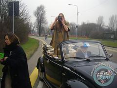 E shooting sia! (partyinfurgone) Tags: affitto shooting cocktail epoca evento furgone maggiolino maggiolone beetle hippie limousine matrimonio milano noleggio promo promozione pubblicità pulmino storico vintage volkswagen vw vogue ucrania modella