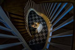 Wedding (♥siebe ©) Tags: 2018 holland nederland netherlands siebebaardafotografie thenetherlands bruidsfotografie dutch trouwdag trouwfoto wedding weddingday wwwmooietrouwreportagesnl trap staircase couple lovers bruidspaar bruid bride groom