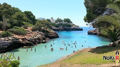 Eine Badebucht auf Mallorca (Norbert Kiel) Tags: urlaub felsen felsig grün blau mallorca nass gewässer wasser bucht schwimmen baden badebucht nokiart