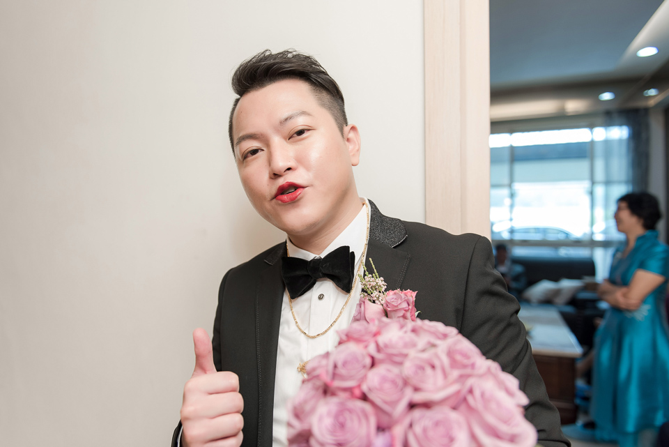 婚攝 高雄林皇宮 婚宴 時尚氣質新娘現身 S & R 055