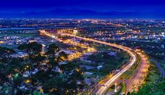 Light trails in Freeway 5 (Vincen Chuang) Tags: lighttrails freeway yilan taiwan thebeautyoftaiwan nightscenes nightscape nightview 台灣 台灣之美 夜景 光軌 車軌 宜蘭 蔣渭水高速公路 chiangweishuimemorialfreeway 雪山隧道 hsuehshan tunnel otus1455 zeiss otus