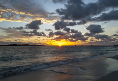 2017-04-22_05-51-05 SXM Sunrise (canavart) Tags: sxm stmartin stmaarten fwi caribbean sunrise dawn orientbeach orientbay beach morning