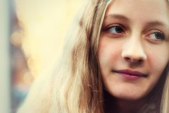 Komm, Einhorn, wir gehen! (_andrea-) Tags: hbw happybokehwednesday love daughter bokehs