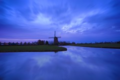 Purple De Tweede Broekermolen (l.cutolo) Tags: tlp clouds ngc hdr netherlands colours digitalblending landscape uitgeest longexposure dutchscape windmill shortexposure water holland dusks ononesoftware purplesky worldtrekker flickr dawn twilights aperture sunset molen waterreflections cloudtrails detweedebroekermolen perfectreflections lights sonyfe1635mmf28gm