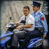 Que fait la police ? (Briren22) Tags: rue scooter policier maroc marrakech transport