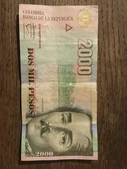 Dos Mil Pesos 2000 (Rossi Rassloff) Tags: dos mil pesos 2000 colombia kulumbien