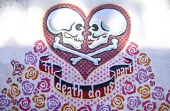 """Til[l] death do us part"" (Brian Kermath (e.h.designs)) Tags: skull skulls publicart art painting mural federico austin texas austintexas crossbones skullandcrossbones artistfederico tilldeathdouspart tildeathdouspart federicoarchuleta streetart wallmural"